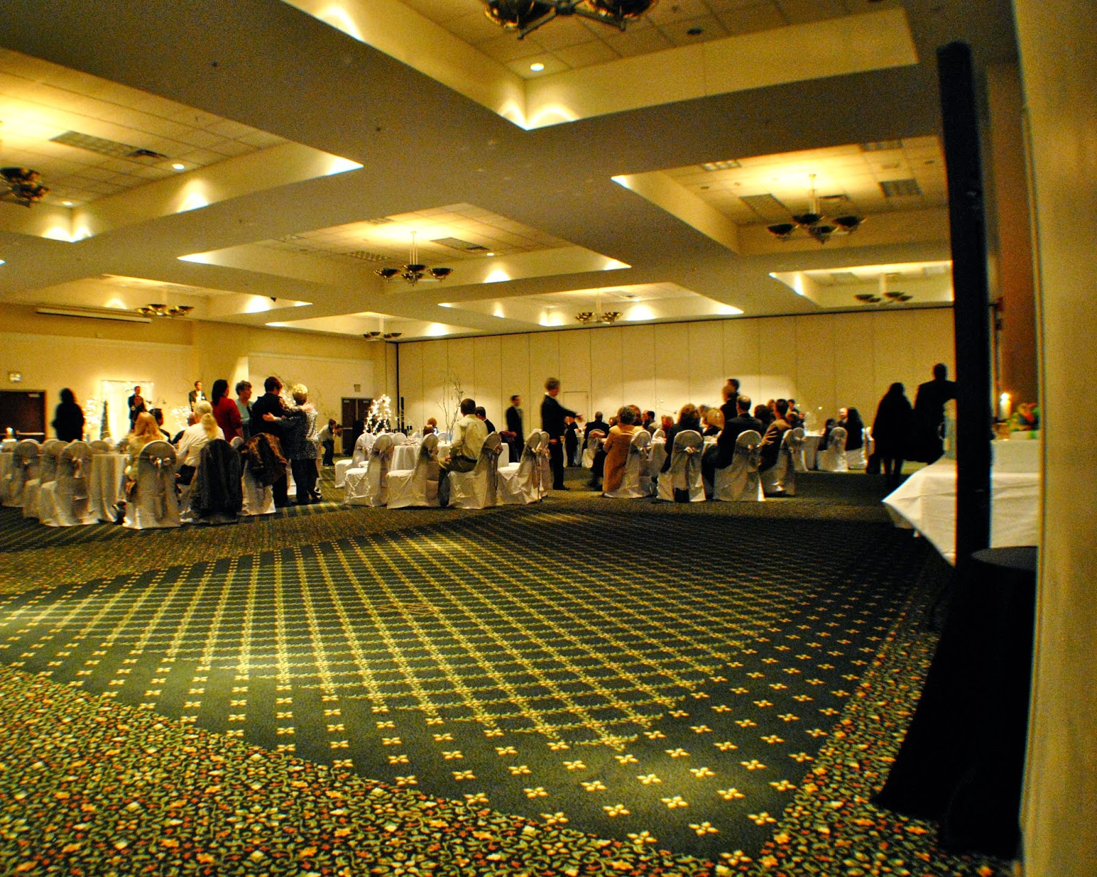 With Class LLC Wedding Coordinators, Wedding Planners, Wedding DJs, Party DJs, Chattanooga DJs, Cleveland DJs, Dalton DJs – The Colonnade Center – Ringgold, GA