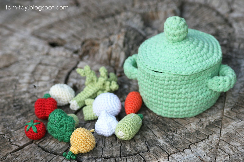 Crochet set for making soup
