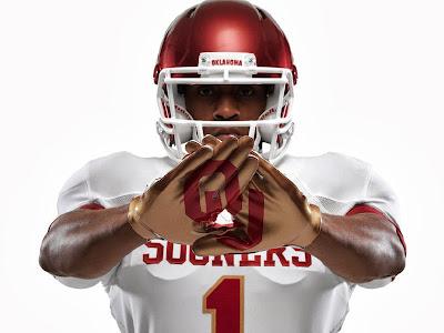 Nike unleashes gold-accented Texas and Oklahoma unis for Red River Rivaly.