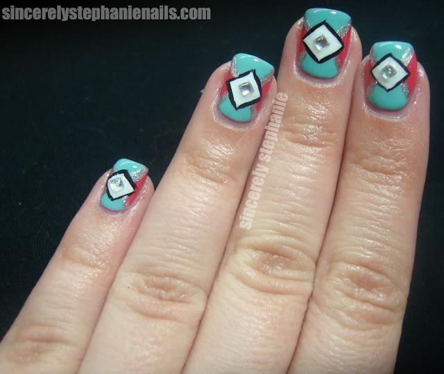 triangle diamond nail art