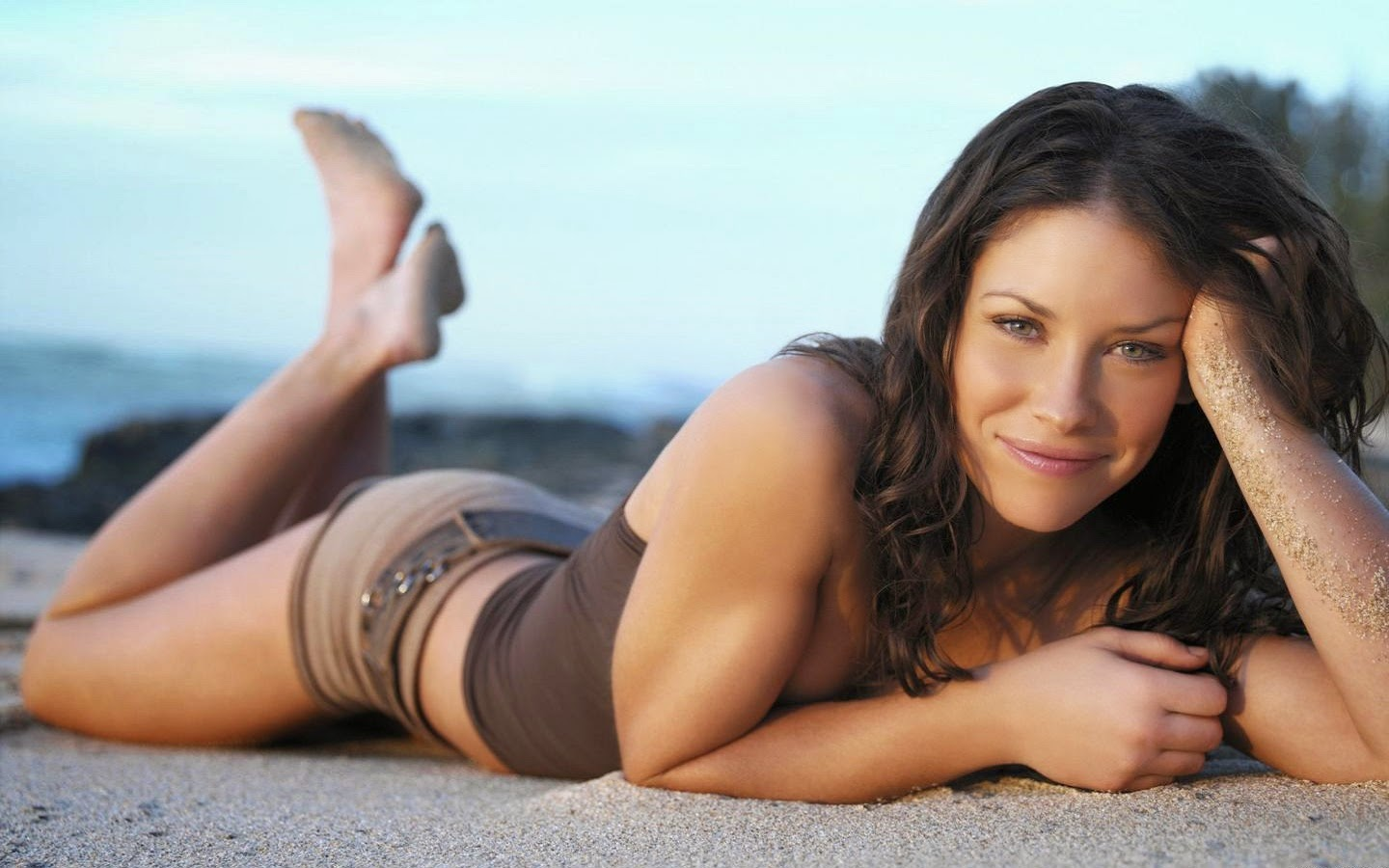 EVANGELINE LILY_WALLSTOWN_IN_HOLLYWOOD ACTRESS_HOLLYWOOD CELEBRITIES