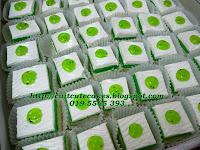 Kiwi Slice cake