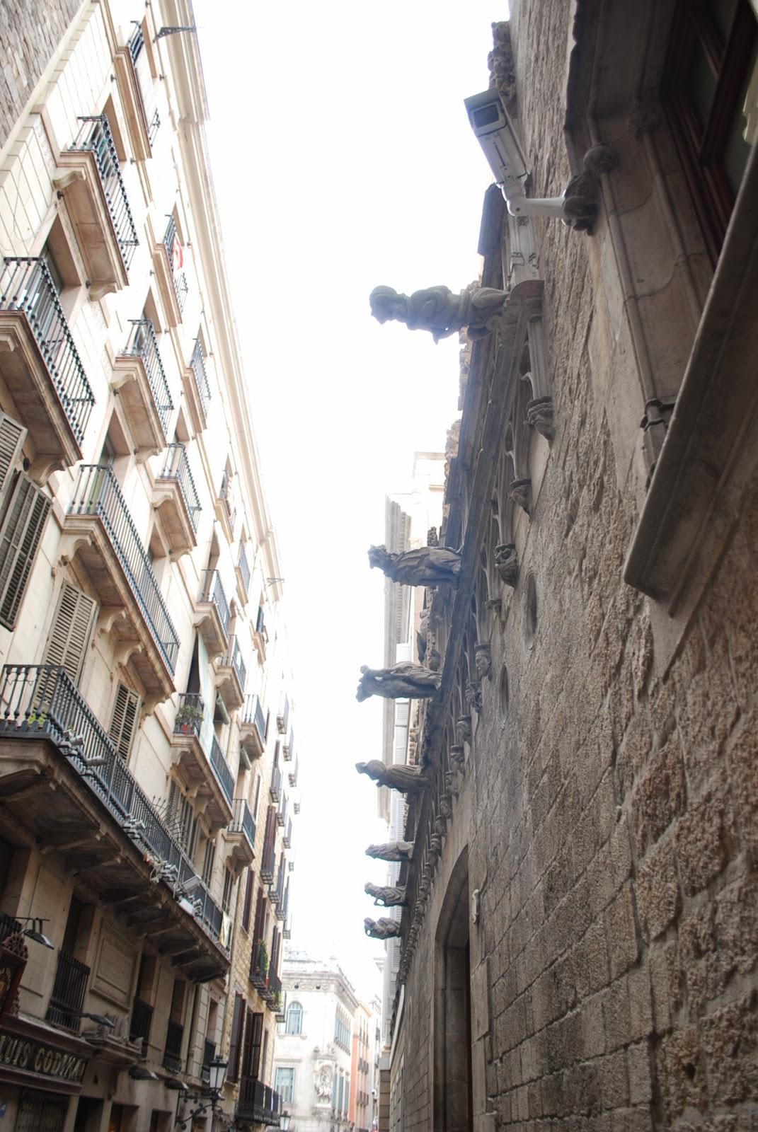 Готический квартал Барселоны, Каталония, Испания. Gothic quarter, Barcelona, Catalonia.