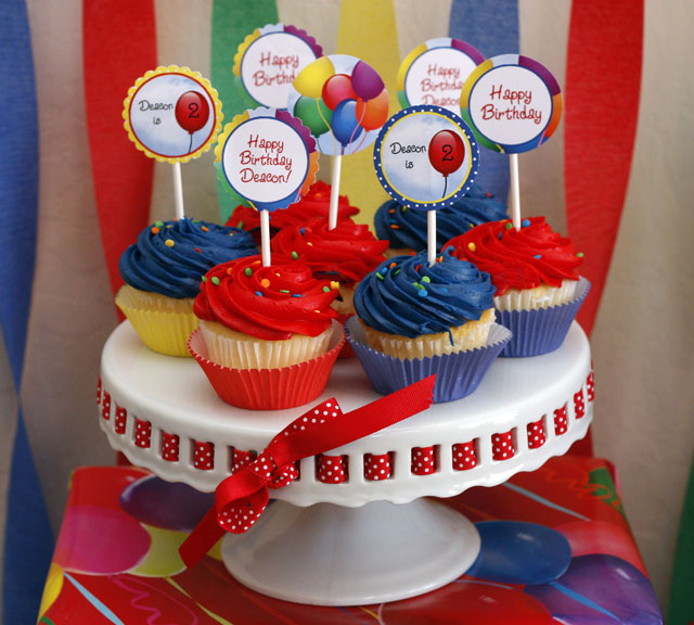 Balloon Cupcake Toppers3