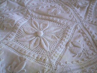 orgu+bebek+battaniyeleri+beyaz 2013  Bebek Örgüleri, Bebek Battaniyeleri Modelleri