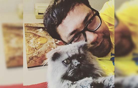 Kucing Kesayangan Yus Jambu Turut Bersedih