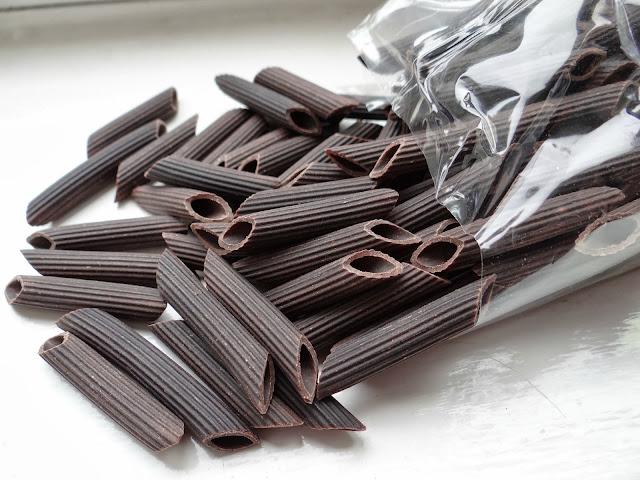chocolate pasta, cocoa pasta, pasta dessert recipe