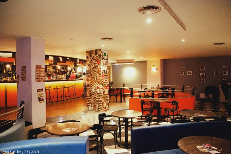 Café Chantant (Кафе Шантан)