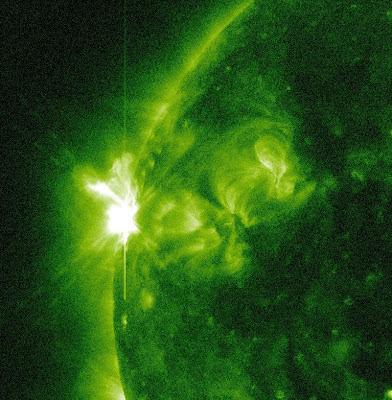 llamarada solar clase M1.4, 05 de Mayo de 2012