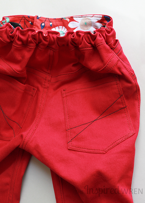 Love the hidden waistband detail on these Small Fry Skinny Jeans | The Inspired Wren