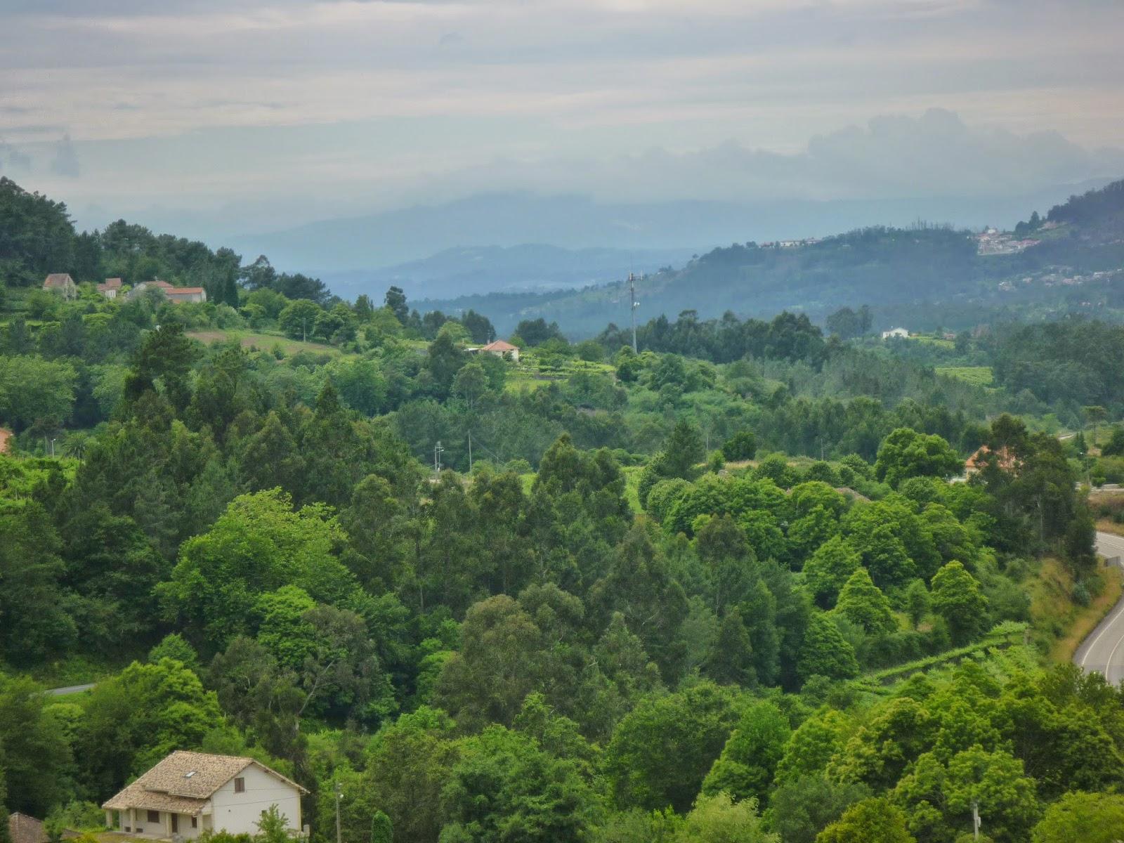 Minho-Valley Frais De Table Basse Qui Se Leve Des Idées
