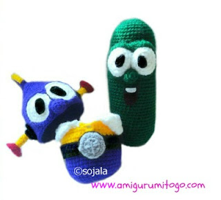 gree crochet cucumber with hero costume