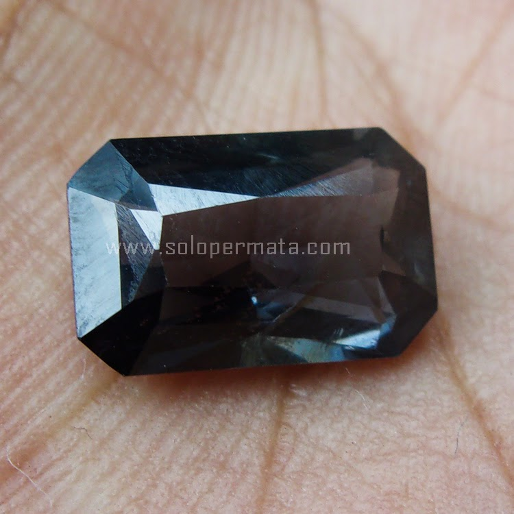 Batu Permata Blue Spinel - SP465