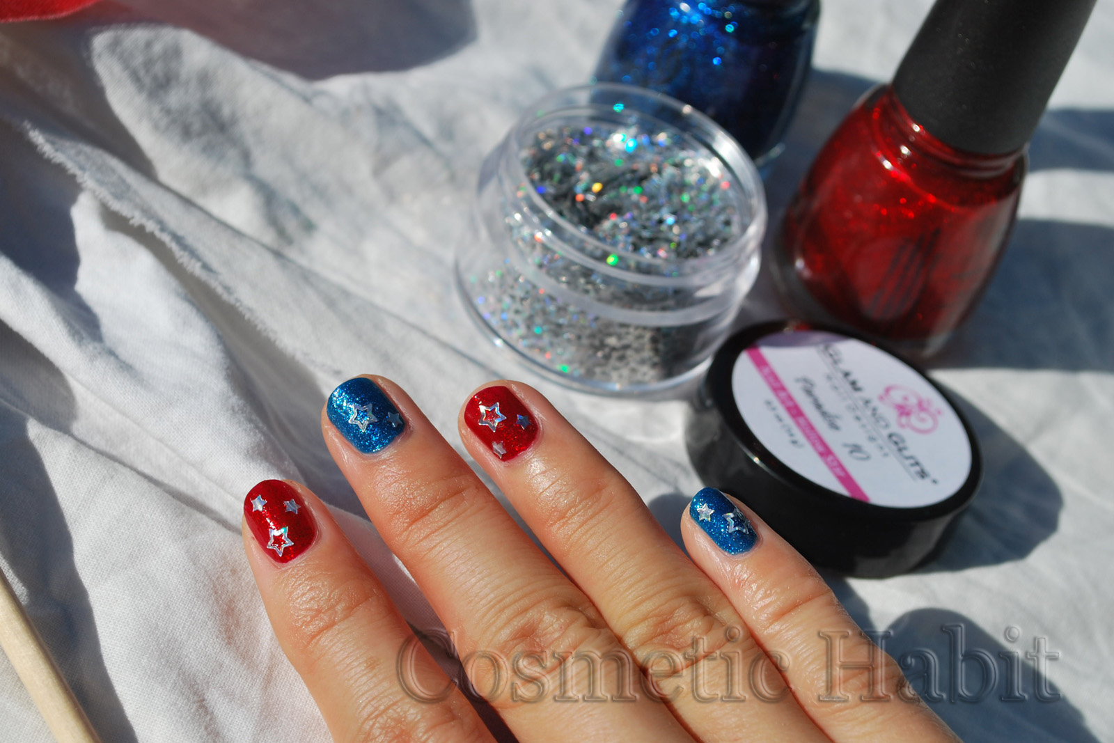 Nail Art Ideas » Independence Day Nail Art - Pictures of Nail Art ...