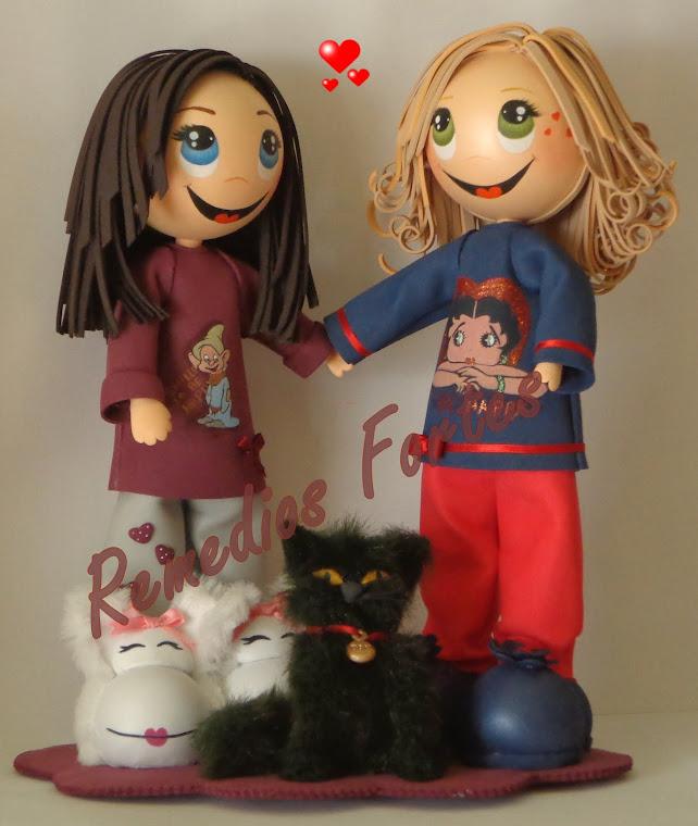 Laura y su Madre, con su gato Don