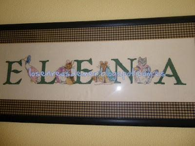 Nombre Elena bordado a punto de cruz
