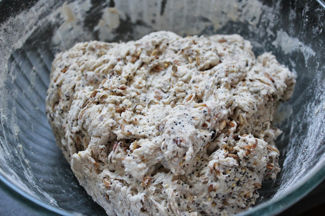 Dough for toasted harvest grains bread