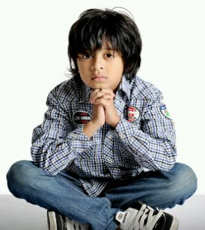Foto Bastian Coboy Junior | Google Pustaka