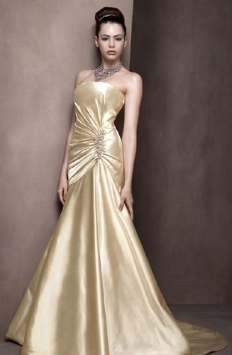 I heart wedding dress gold wedding dress for Golden dresses for a wedding