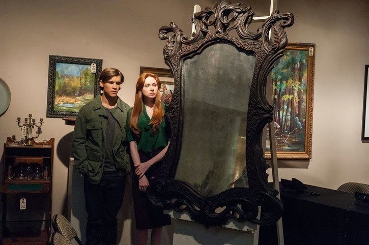 Oculus - Karen Gillan & Brenton Thwaites & the Mirror  | A Constantly Racing Mind