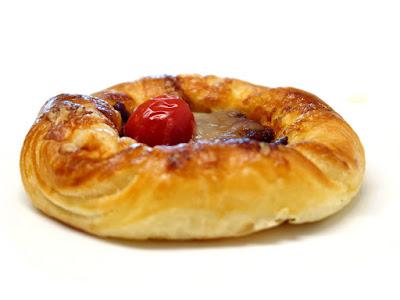 照り焼きチキンとトマトのデニッシュ | 箱根ベーカリー
