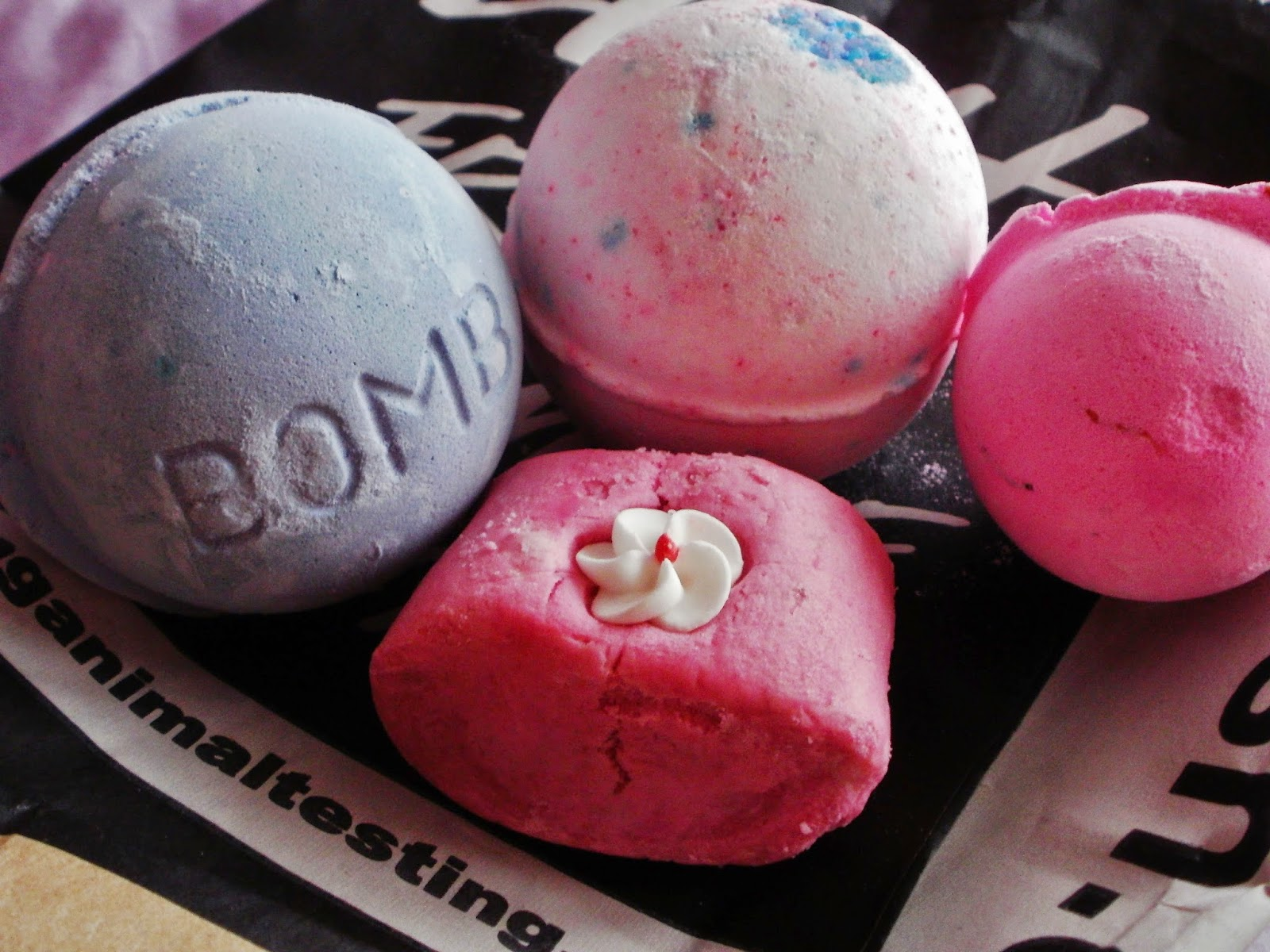LUSH haul, bath bombs and bubble bar
