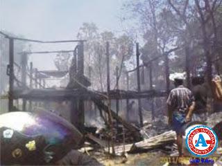 Si Jago Merah Lahap 42 Rumah Warga di Desa Ngali