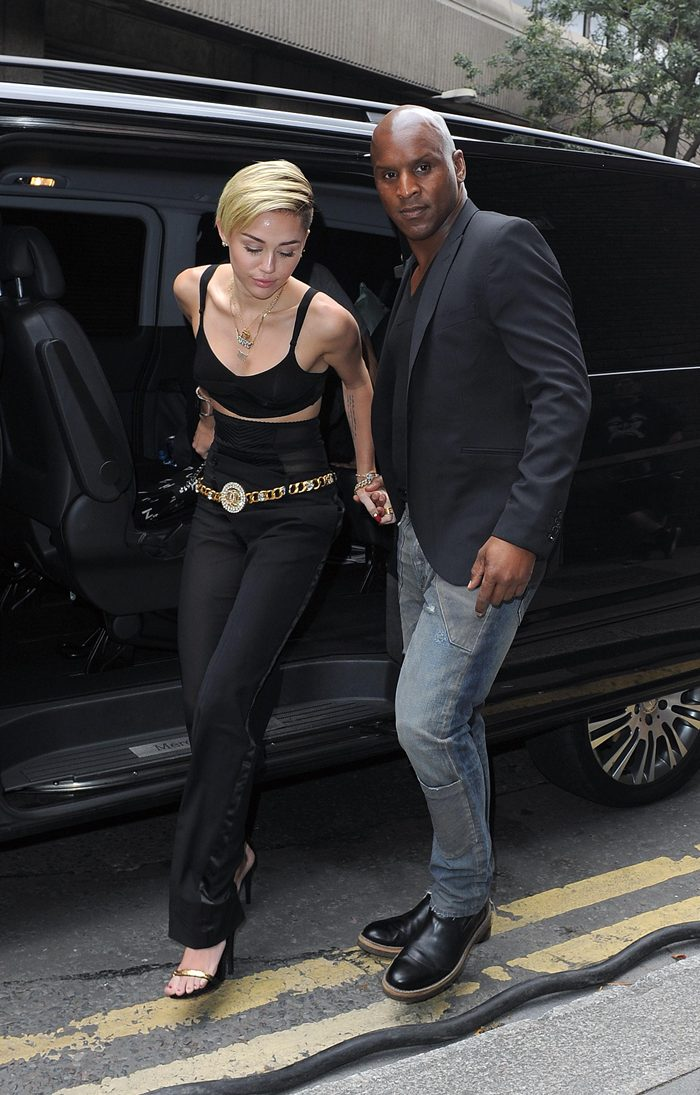 Miley Cyrus Outside her Hotel in London