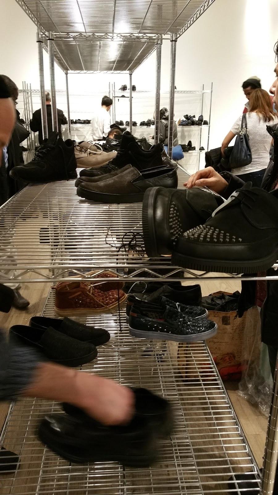 asics shoes reddit news fails twerking santa claus 668033