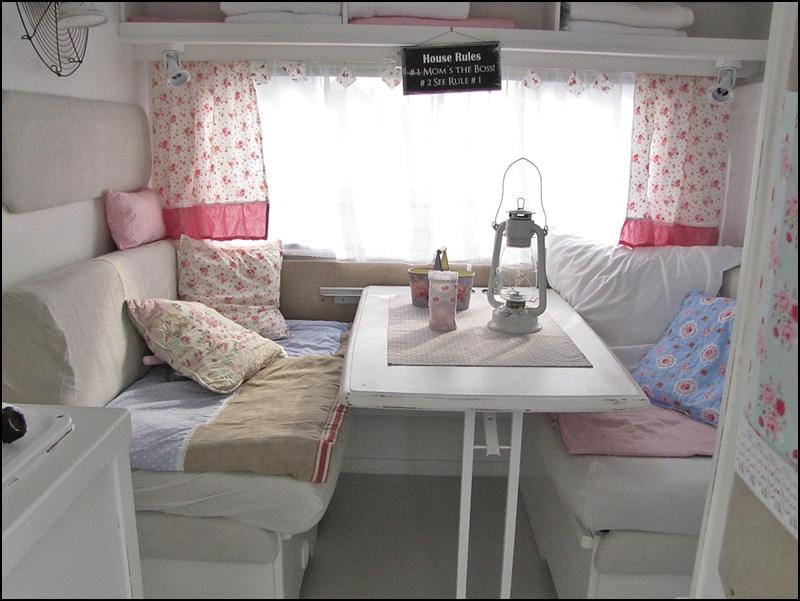 Mad about pink shabby chic caravan - Interior caravana ...