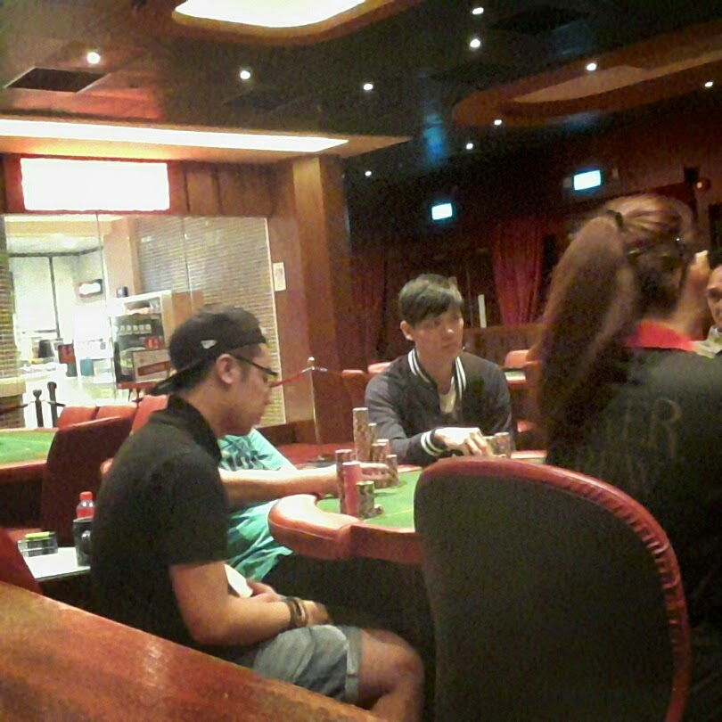 Singapore poker