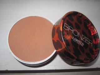 marks and spencer, m&s, limited collection, bronzer, review, swatch, dark, light, matte, contour, blog, beauty, makeup