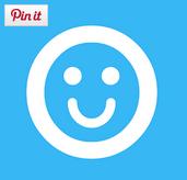 Logo de Outwhiz con uan cara sonriente en blanco con fondo azul