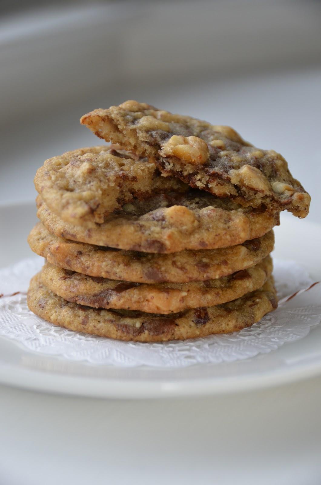 Playing with Flour: Milk chocolate hazelnut cookies