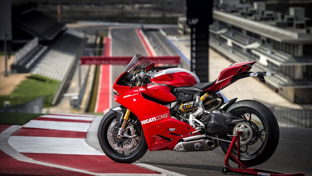 Ducati Superbike 1199 Panigale R HD Wallpaper