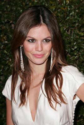 http://3.bp.blogspot.com/-yNzqLviorkg/TztV0KatW8I/AAAAAAAAAeg/Z5o318DT2zQ/s1600/Rachel-Bilson3.jpg