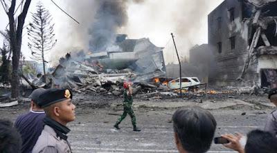 Video Amatir Kecelakan Pesawat Hercules di Medan