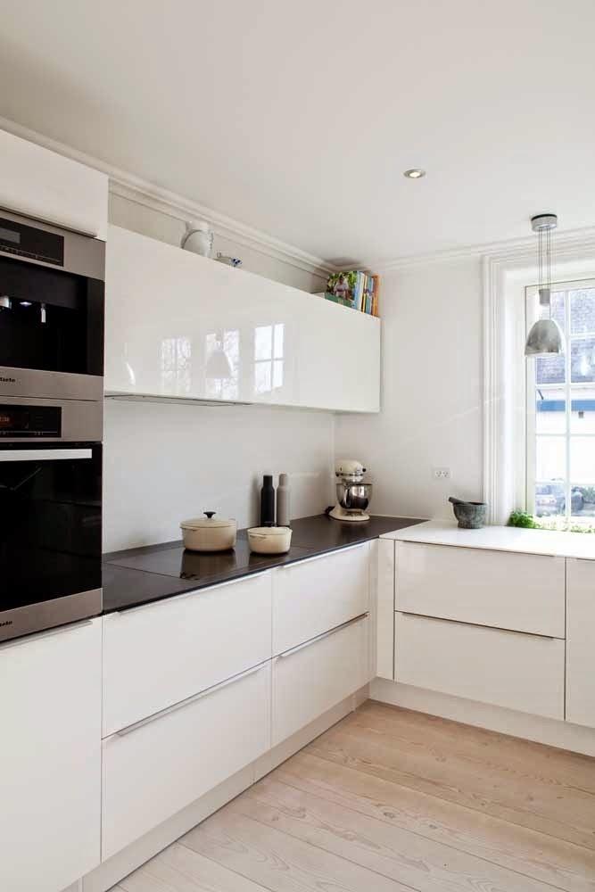 planos low cost: Blanco&negro en la cocina