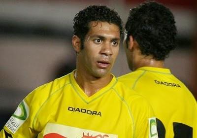 حسني عبدربه لاعب وسط الإسماعيلي الدولي السابق