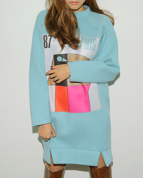 Abstract Patch Long Sleeve Dress