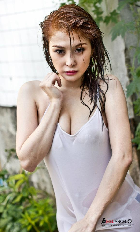 bianca peralta sexy wet photos 02