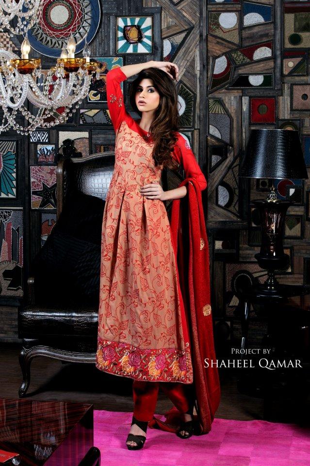 Shaista Wahidi Lawn Red