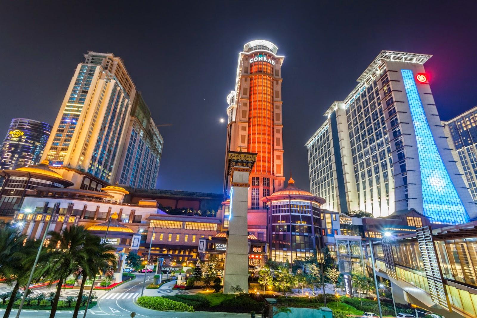 15 best hotels in macau for Most expensive hotel in macau