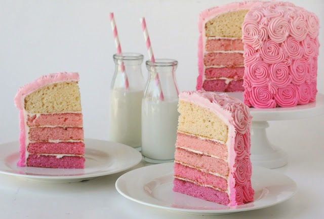 http://www.glorioustreats.com/2011/08/pink-ombre-swirl-cake.html