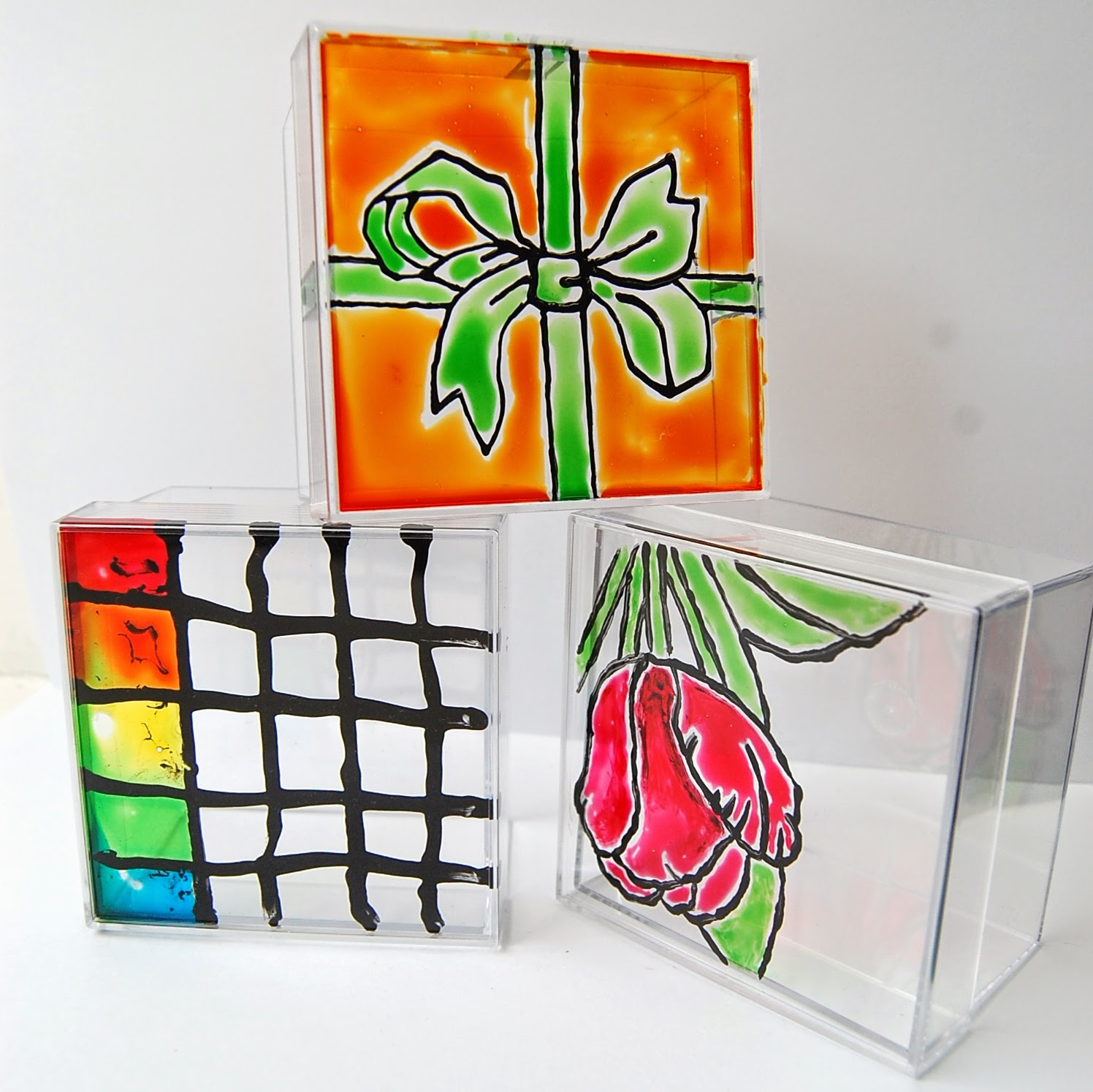 Glass painting on ceramics porcelain or glazed pottery for Glass boxes for crafts