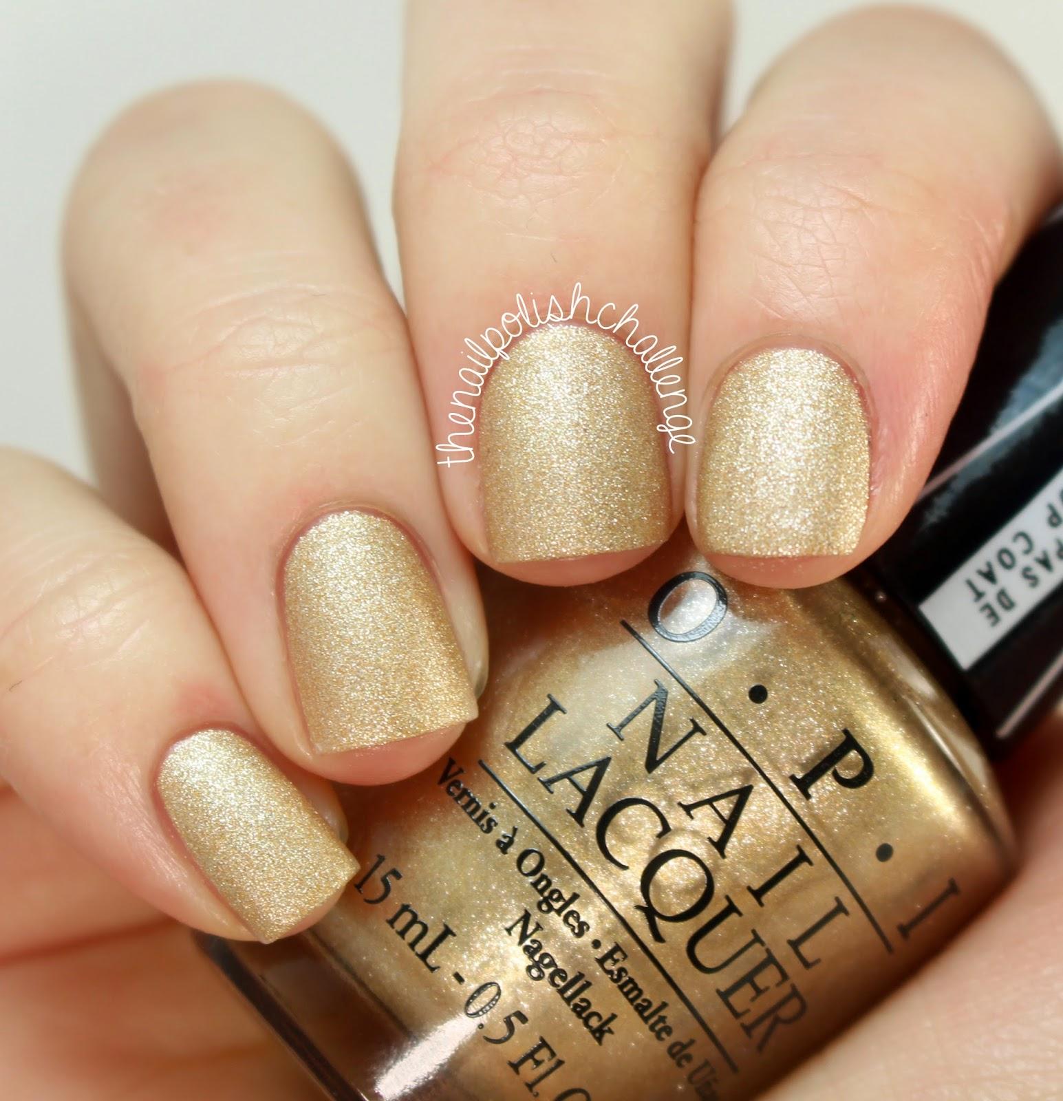Золотой лак для ногтей металлик фото