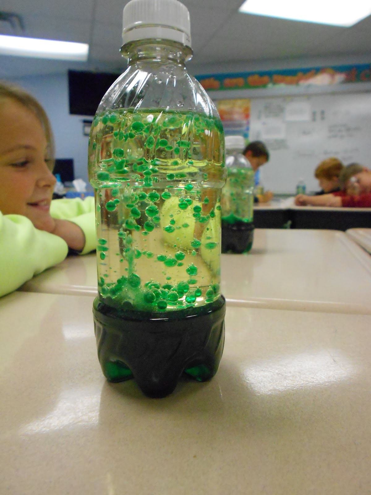 Mrs McDonalds 4th Grade Science Club Homemade Lava Lamps