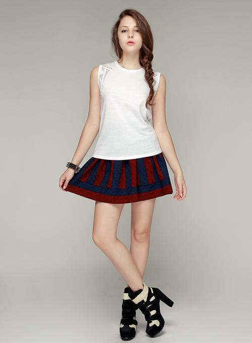 Moody Striped Flare Skirt