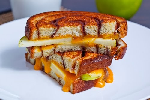 Apple+Cinnamon+Swirl+Grilled+Cheese+Sandwich%2C+Sliced+and+Stacked+1 ...