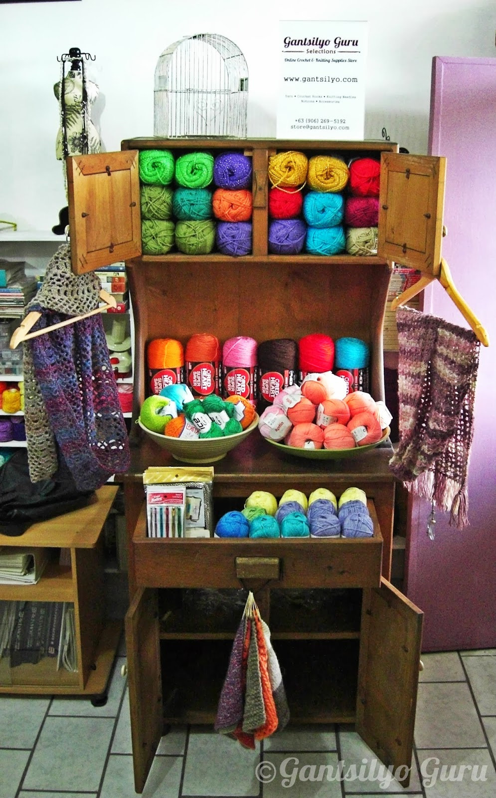 Gantsilyo Guru: The Traveling Yarn Cabinet